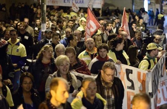 Las asociaciones vecinales se mueven en apoyo a los trabajadores de la limpieza en huelga