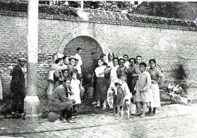 Las asociaciones vecinales y el 15M de Carabanchel exigen la rehabilitación y el uso público de la finca de Vista Alegre