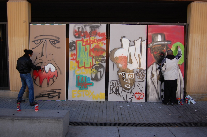 Los niños de Lavapies aprenden a pintar grafitis de forma responsable