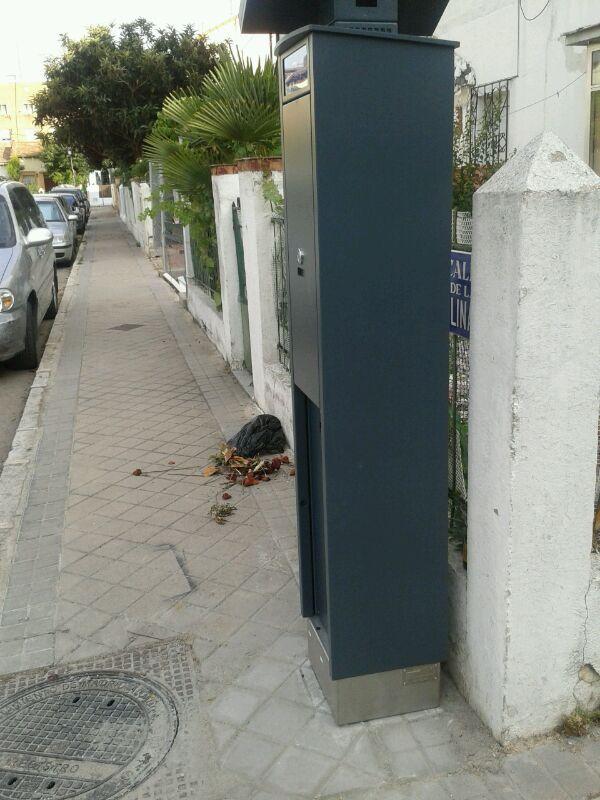 Los vecinos de Manzanares-Casa de Campo piden la retirada de los parquímetros en su barrio