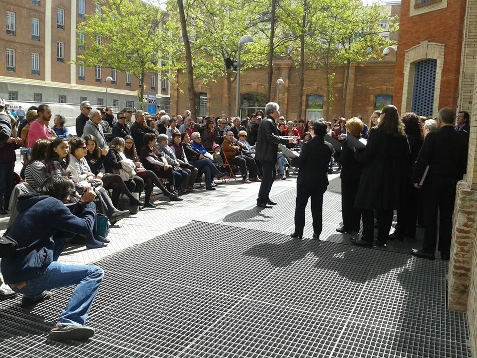 """Los vecinos de Retiro organizan un festival de teatro, música y fotografía frente al """"teatro fantasma"""" de Daoiz y Velarde"""