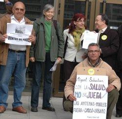 Más de 50 organizaciones han pedido esta mañana a Sebastián una modificación de la ley sobre antenas de telefonía