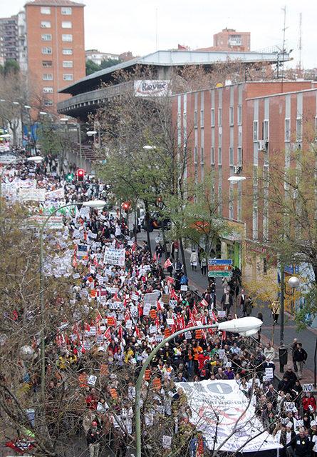 Miles de personas claman contra la privatización de la sanidad y los servicios públicos