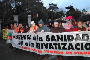 Miles de personas vuelven a marchar en Madrid contra la privatización de la sanidad pública