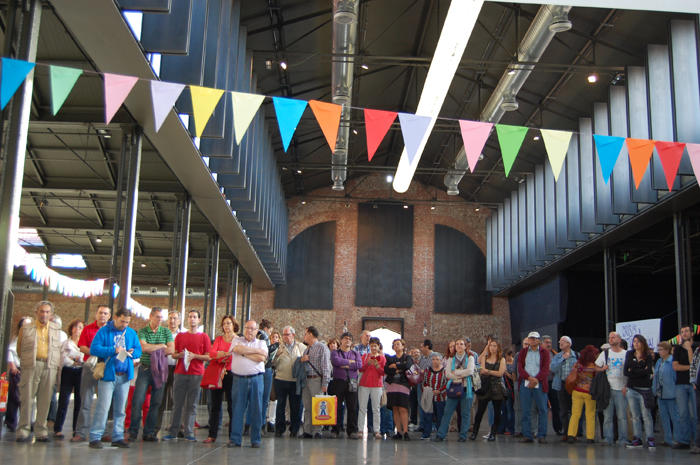 Movimientos sociales se reunirán con UPyD, IU y Ganemos Madrid la próxima semana