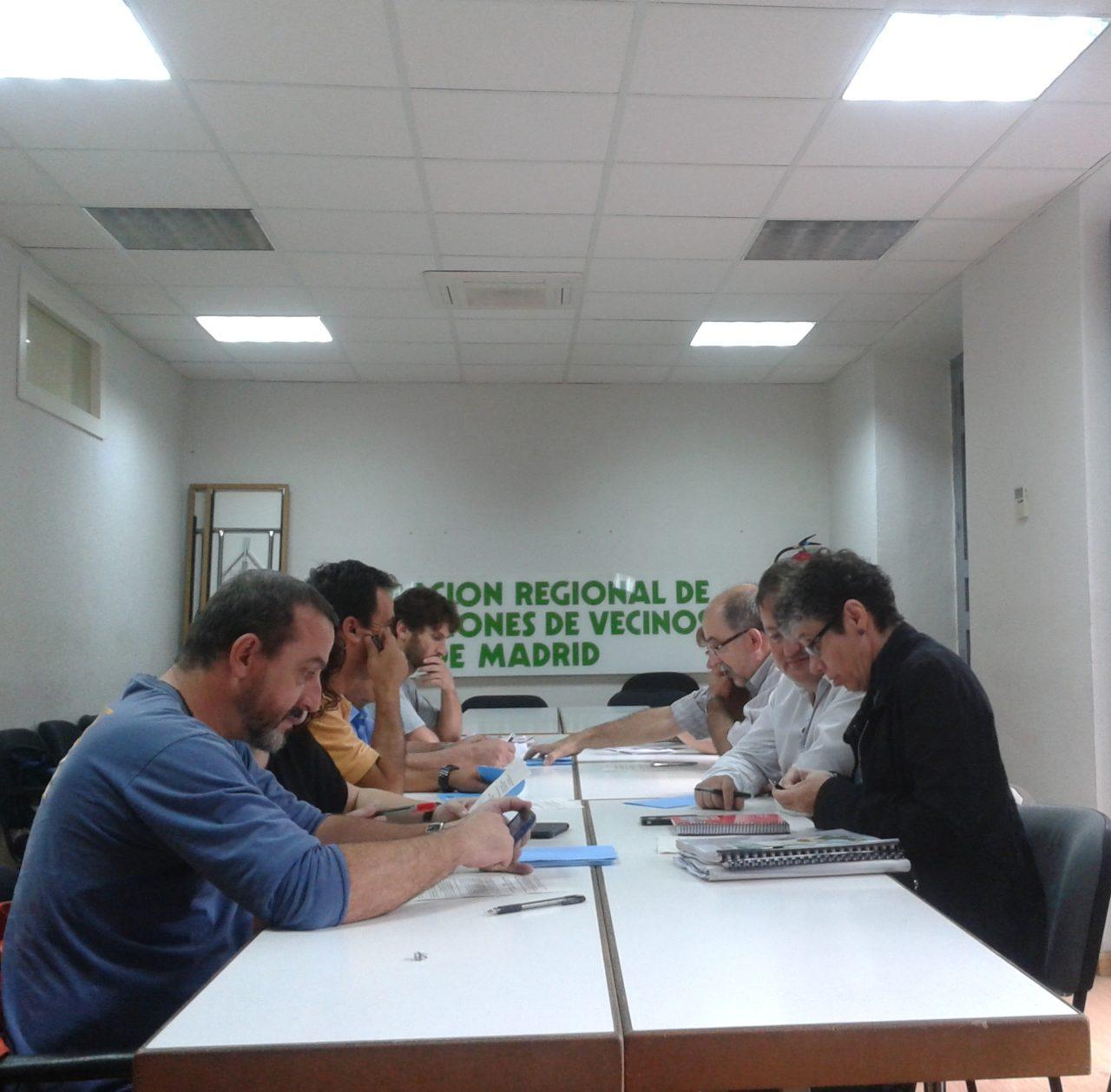 Nace la Plataforma contra la autopista eléctrica de 400.000 voltios que unirá Galapagar y Moraleja de Enmedio