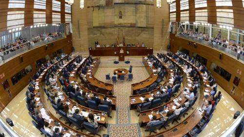 PSOE, Podemos y C's acuerdan pedir la reversión de la privatización del Canal de Isabel II