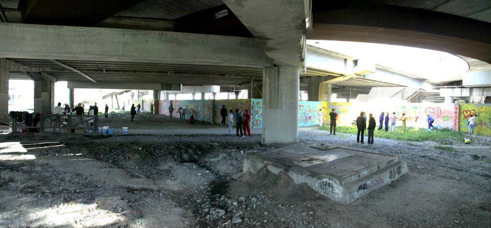 San Cristóbal de los Ángeles pinta el barrio de colores