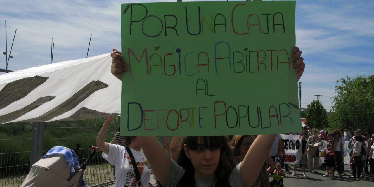 San Fermín exigie la apertura de la Caja Mágica al barrio