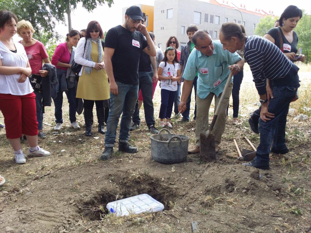 Tras seis años de intensas reivindicaciones, los vecinos de San Fermín consiguen su biblioteca