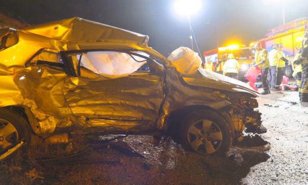 Un nuevo accidente mortal recuerda la necesidad de convertir en vía urbana toda la avenida de Los Rosales