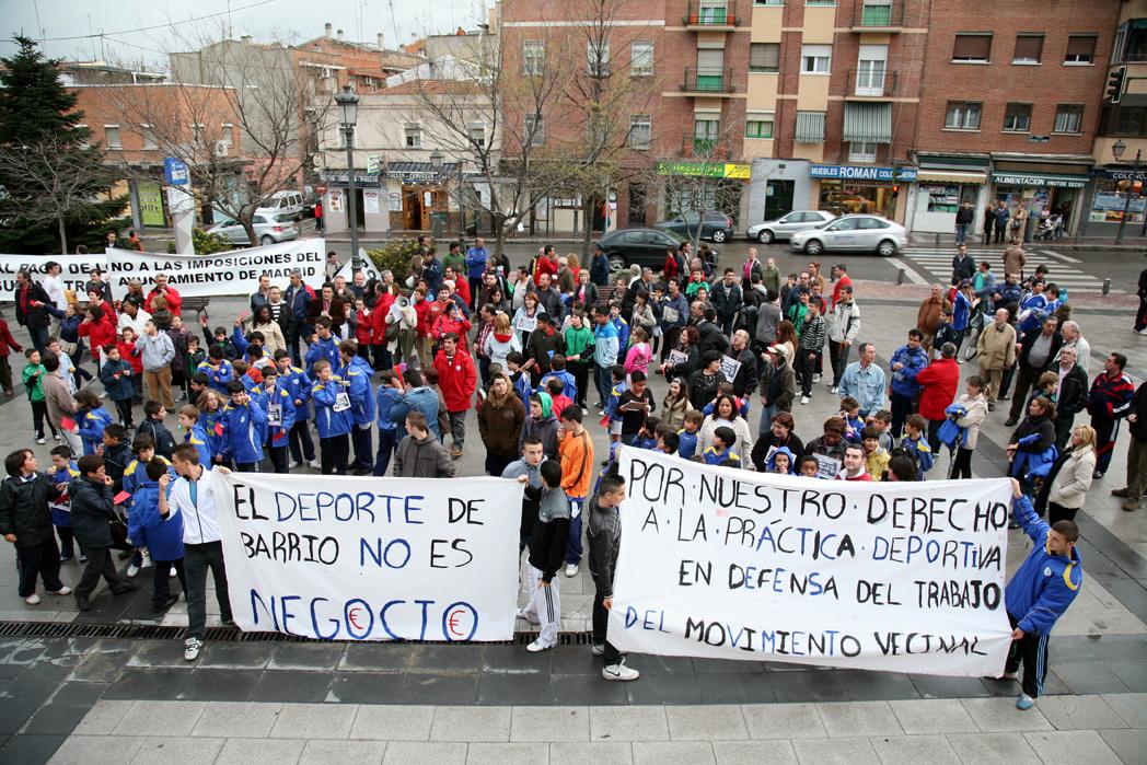 Usera saca tarjeta roja al Ayuntamiento de Madrid