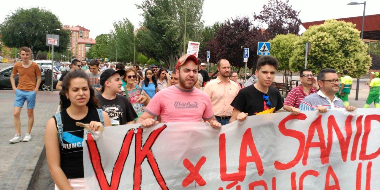 Varios centenares de personas reclaman en Vallecas mejorar los accesos al Hospital Infanta Leonor