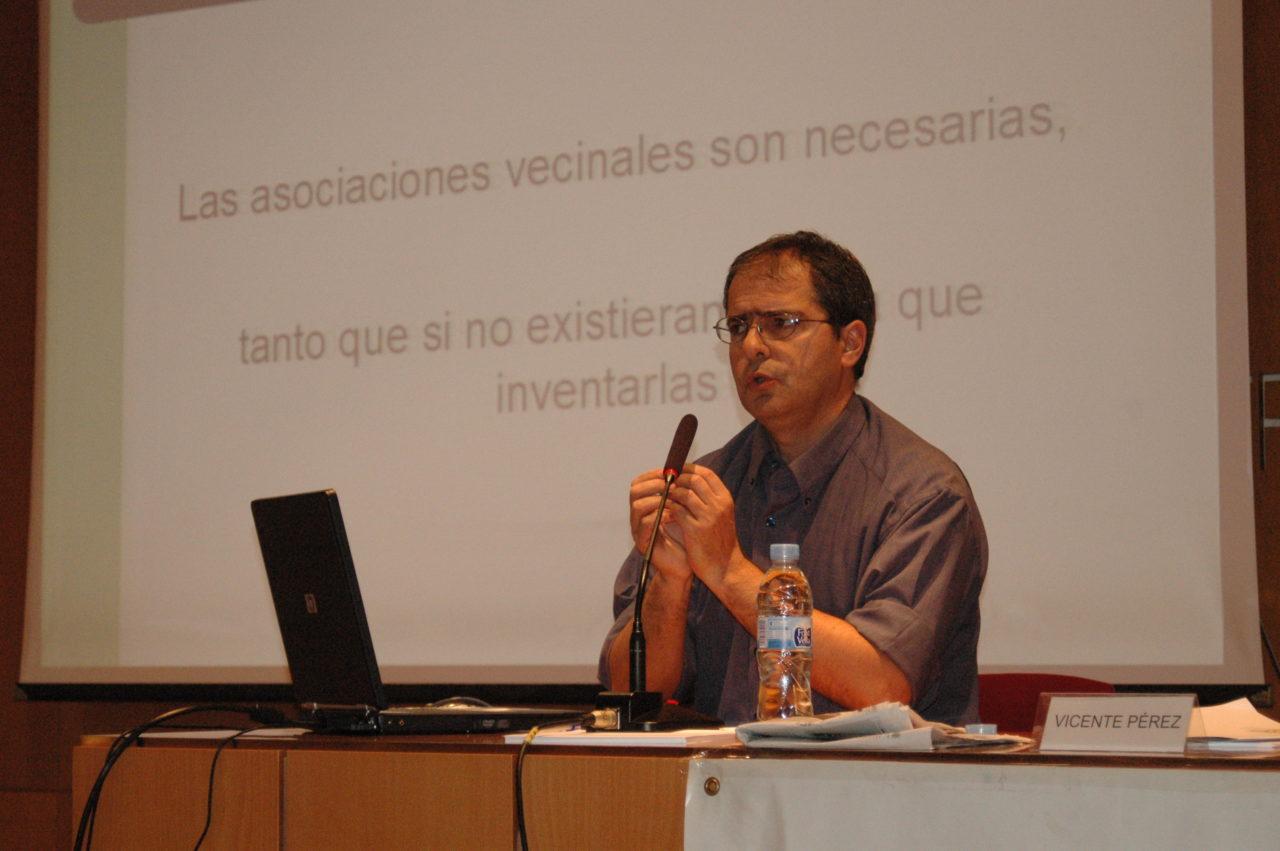 Vicente Pérez sustituye a Nacho Murgui en la presidencia de la FRAVM