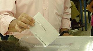 Votar en Las Tablas, una carrera de obstáculos