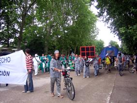 Bicicletada y olimpiadas contra la especulación