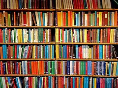 Clausura parcial de una biblioteca de Carabanchel dos años después de su inauguración