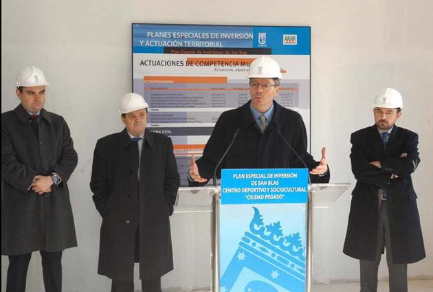 Iniciadas las obras de transformación del antiguo club social de Ciudad Pegaso en centro deportivo