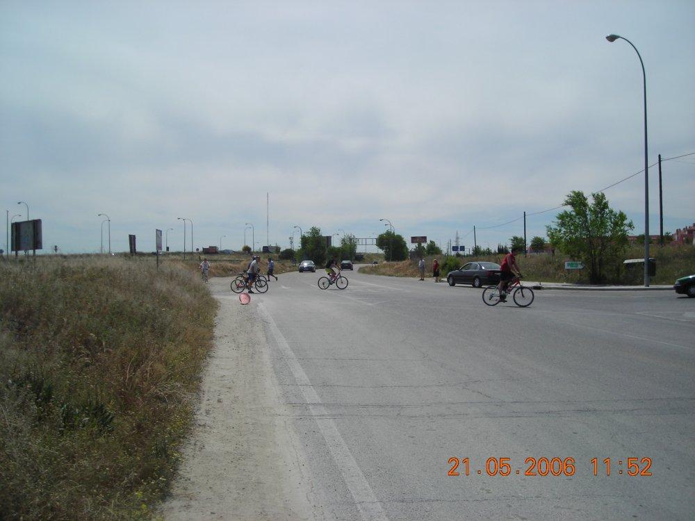 La avenida de los Rosales, una carrera de obstáculos