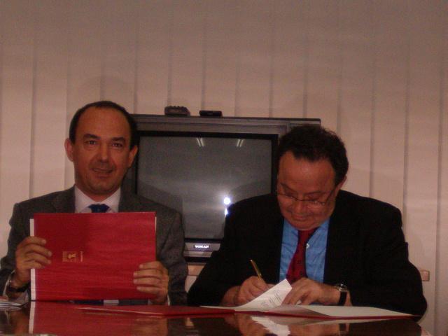 La FRAVM y el Ayuntamiento de Madrid suscriben un convenio para el desarrollo de la democracia participativa
