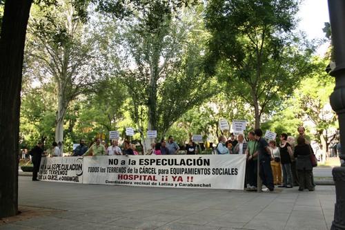 Los vecinos, contra el protocolo que hoy firmarán el Ayuntamiento de Madrid y el Ministerio de Interior