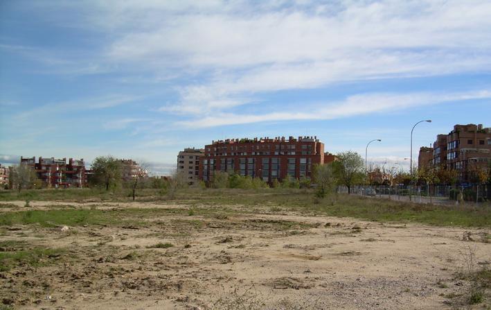 Los vecinos de Hortaleza denuncian el incumplimiento del contrato del Coliseo de las Tres Culturas
