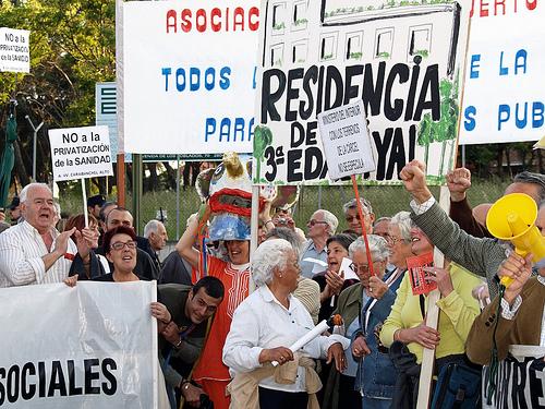 Los vecinos de Latina vuelven a la calle contra de los planes especulativos en los terrenos de la cárcel.