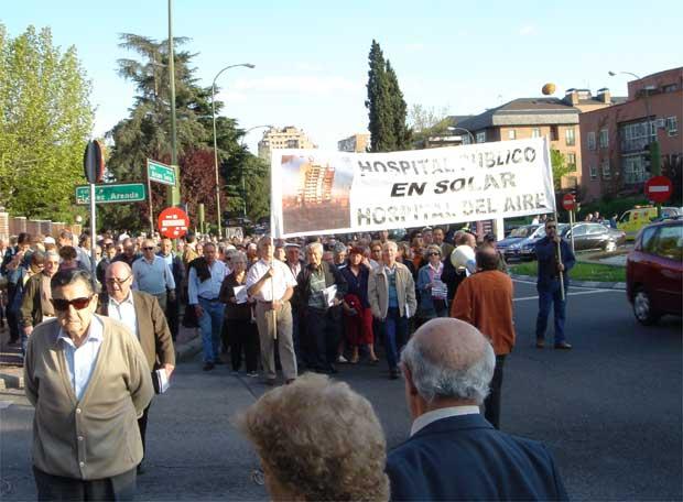 """Manifestación por el """"hospital fantasma"""""""