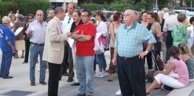 Más de 300 personas se concentran para protestar por la tala de árboles en la Vía Verde de la Gasolina