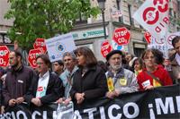 Miles de personas piden que se actúe contra el cambio climático