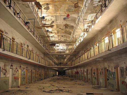 No a la especulación en los terrenos de la cárcel de Carabanchel