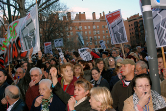 Orcasitas pide inversiones en la Asamblea de Madrid