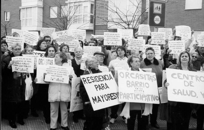 Orcasitas se revela contra la cesión de una parcela pública hasta 2081