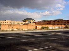 Una nueva manifestación reivindica la construcción de un hospital en los terrenos de la antigua cárcel de Carabanchel
