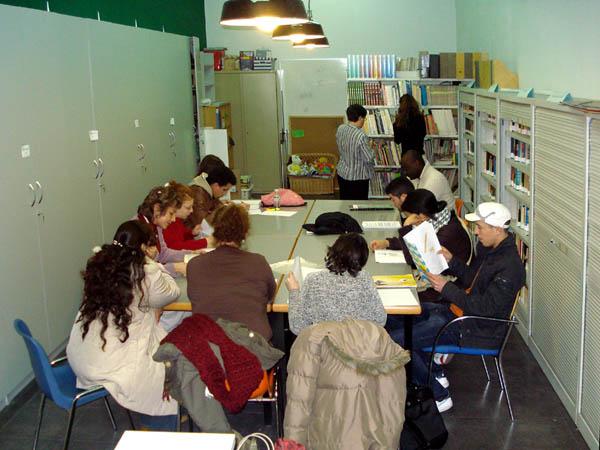Usera exige la construcción de bibliotecas en San Fermín y Orcasur