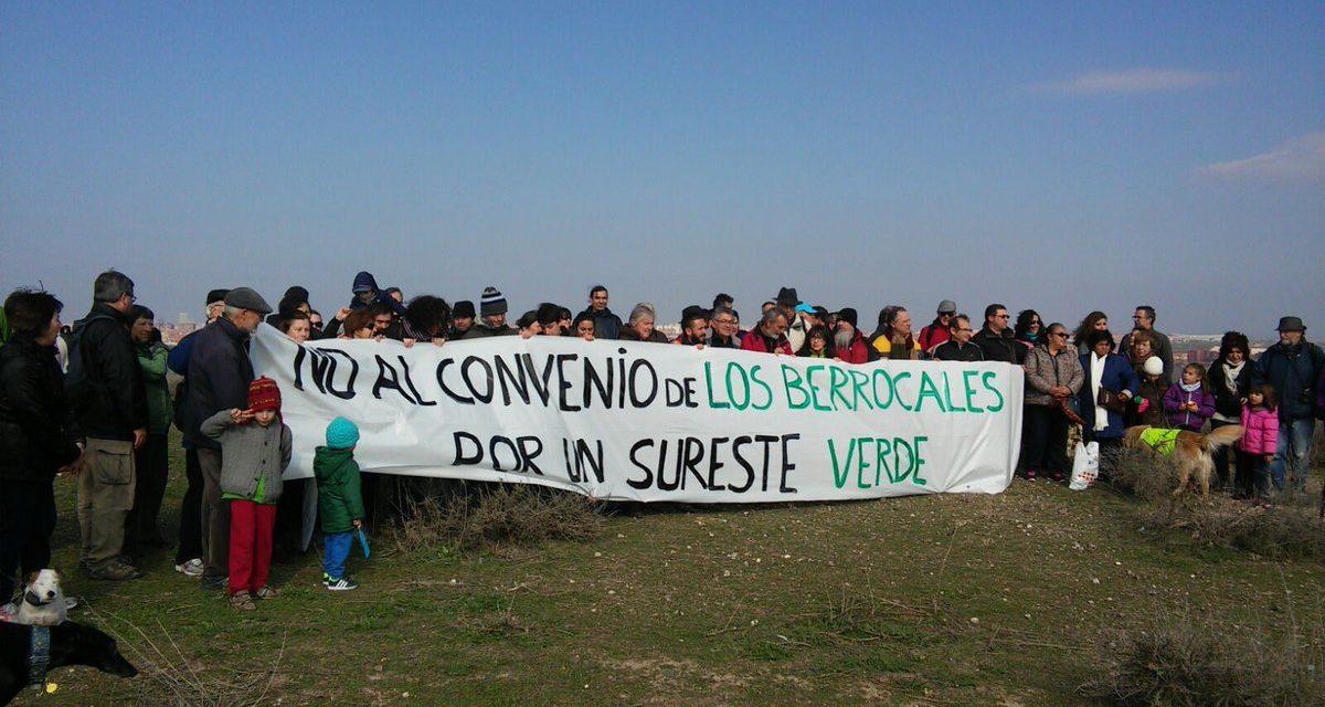 Frente al desarrollo de Los Berrocales, la Casa de Campo del Sureste