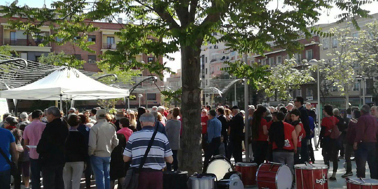 Cientos de vecinos de Carabanchel dan la bienvenida al parque de Blasa Pérez