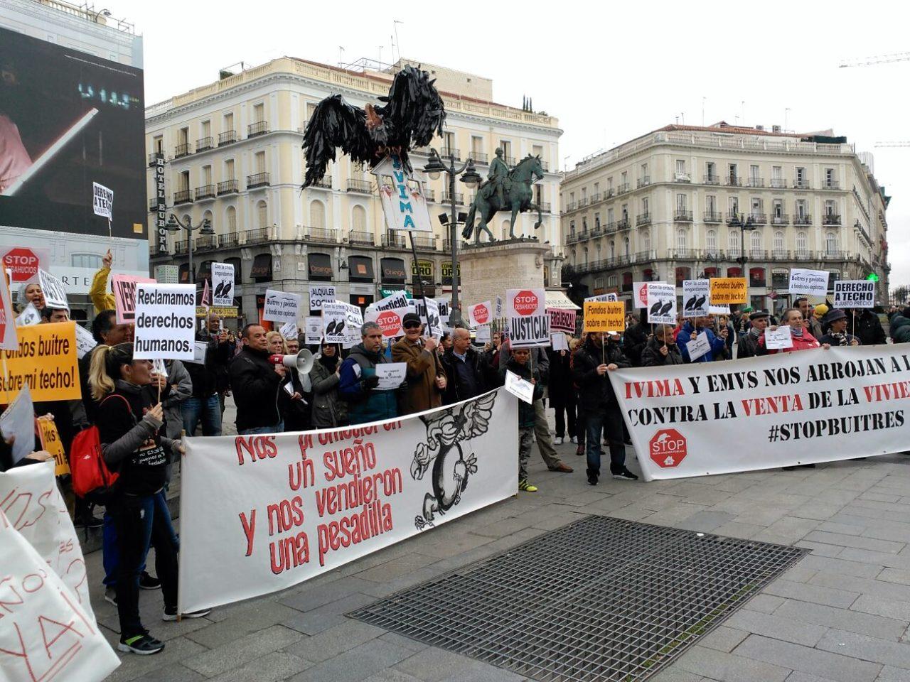 Los afectados por la venta del IVIMA piden a Ciudadanos que vote a favor de una PNL para anular la operación inmobiliaria