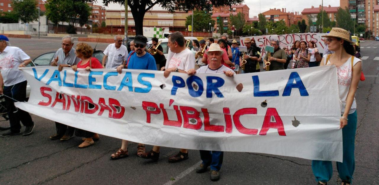 Piden la dimisión de Esperanza Aguirre por las irregularidades en la gestión del Infanta Leonor