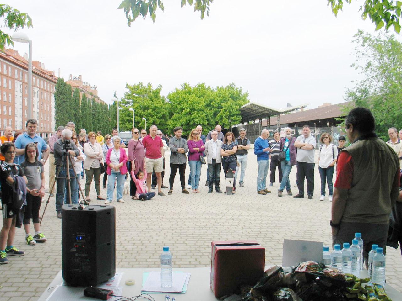Los vecinos de Arganzuela piden a Fomento y al Ayuntamiento que actúen para frenar el deterioro de los terrenos de Delicias
