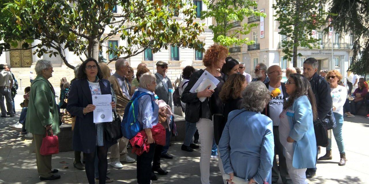 43 demandas ciudadanas para frenar el deterioro de la sanidad pública en todo el Estado
