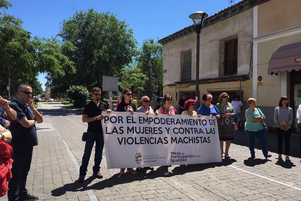 Las AAVV de Coslada y San Fernando de Henares condenan la agresión machista a la conductora de Metro