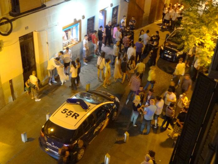 "Barrio de La Latina (Centro): ""esta noche salimos a la calle para poder dormir"""
