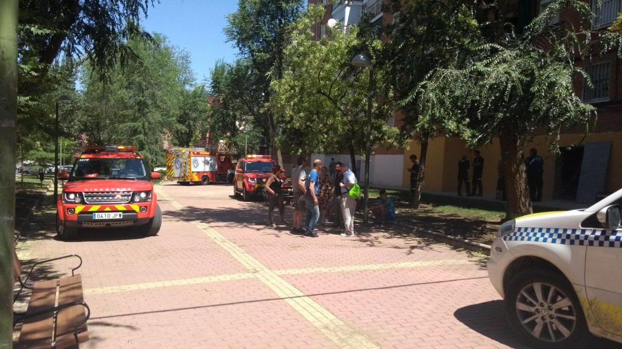 """Alarma en el número 54 de la avenida de Santa Eugenia por las grietas provocadas por unas obras """"ilegales"""""""