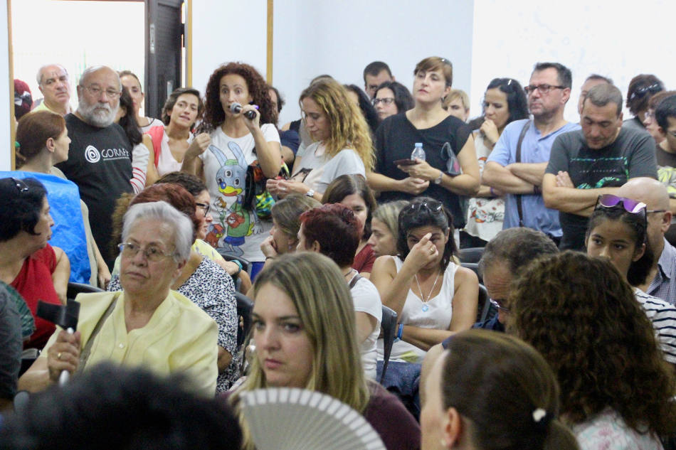 Madres y padres del instituto Juan Ramón Jiménez de Villaverde denuncian la grave situación educativa del centro