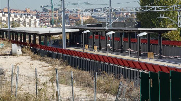 Montecarmelo clama por la apertura de su estación de tren fantasma