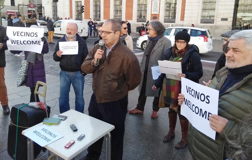 Moratoria o barbarie: asociaciones vecinales, ecologistas y pro vivienda piden la paralización de las licencias turísticas