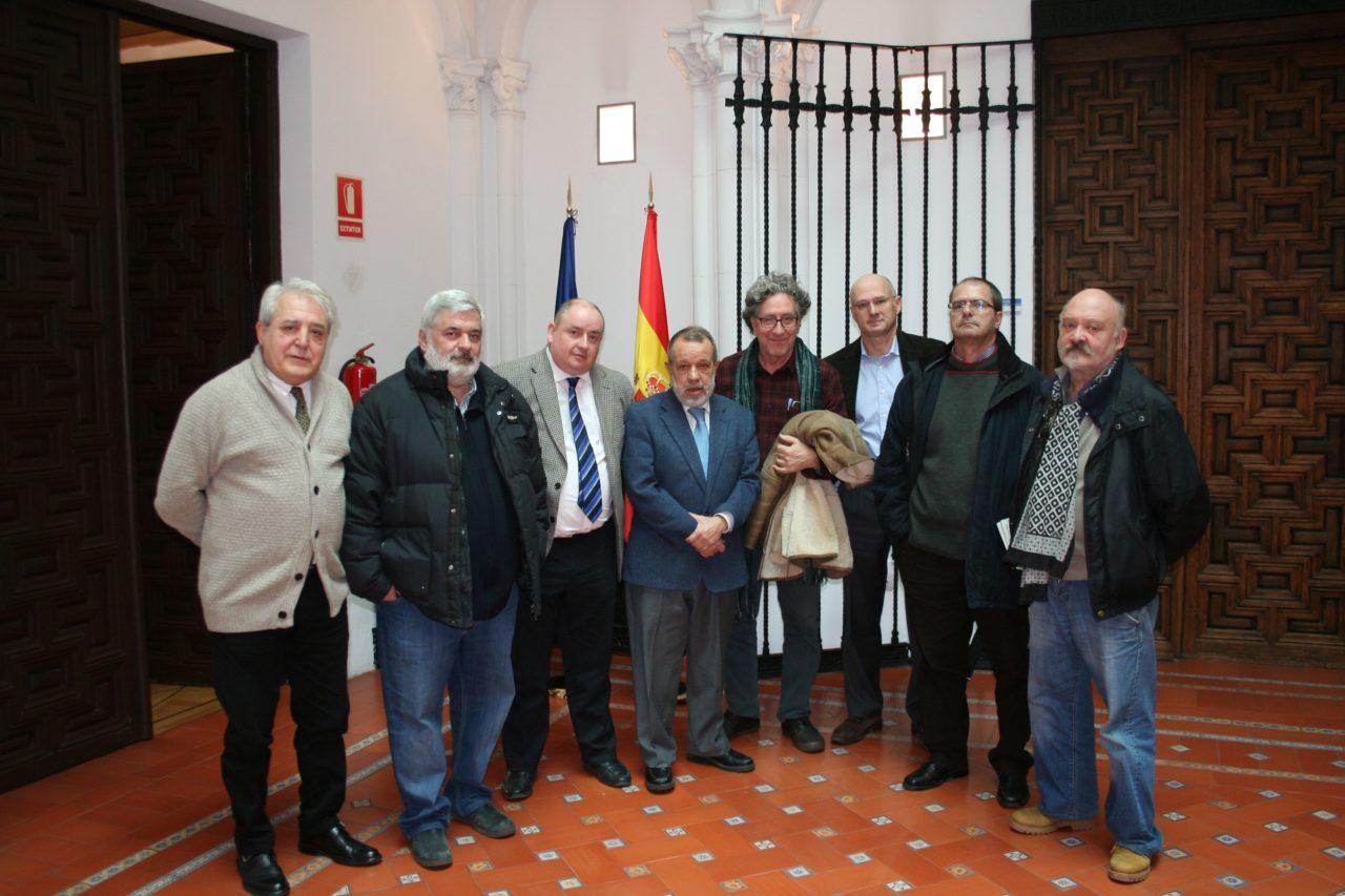 La FRAVM y las AAVV de Centro trasladan al Defensor del Pueblo los problemas ocasionados por las viviendas turísticas