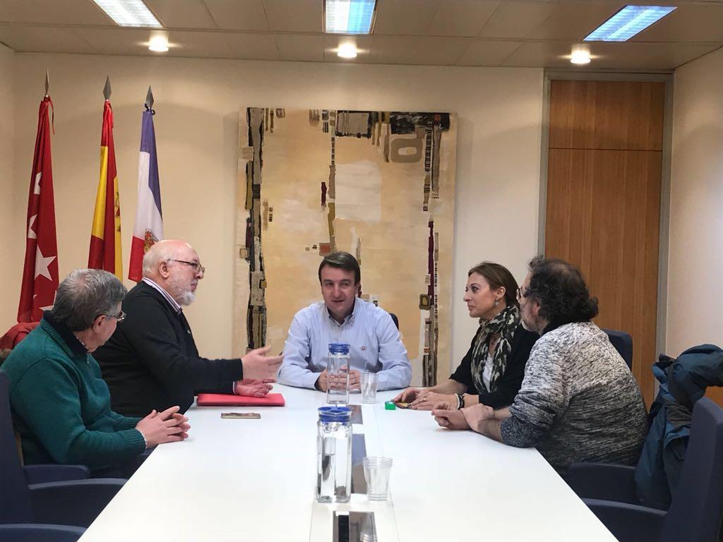Reunión de la FRAVM con el alcalde de Tres Cantos
