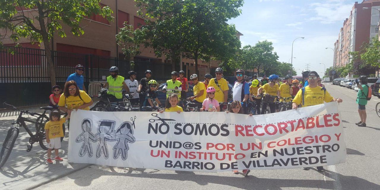 Cuatro columnas ciclistas reclaman equipamientos educativos públicos de calidad